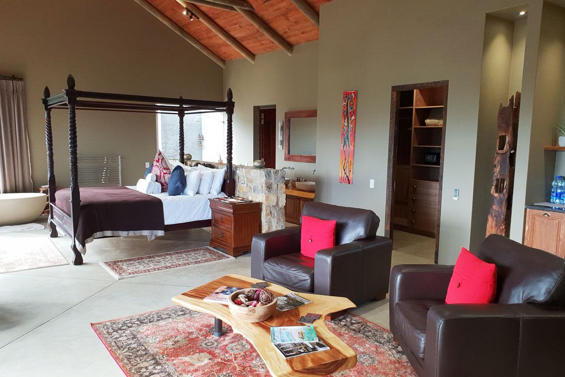 Honeymoon Suite (separate buildings)