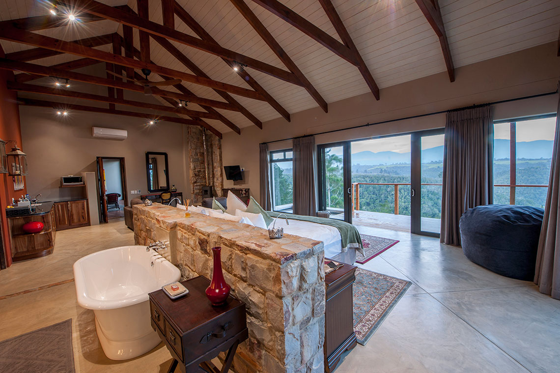 LUX Honeymoon Suites